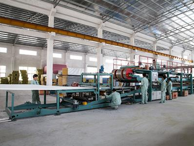 晓宝板业仓库生产设备